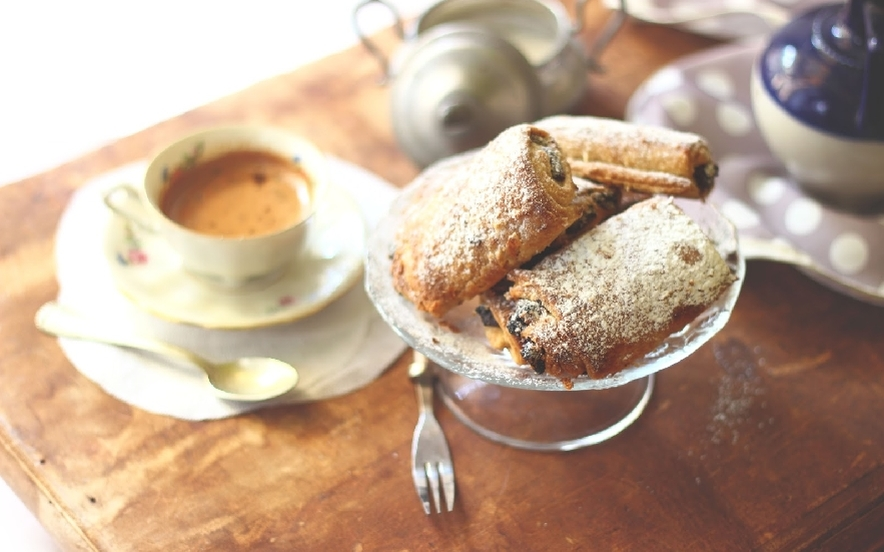 Pain au chocolat veloci senza zucchero nè lievito - Ricette di Manjoo.it